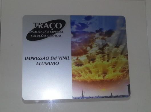 Adesivo vinil alumínio